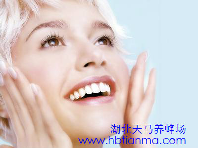 洗脸水加料护肤美容要慎用